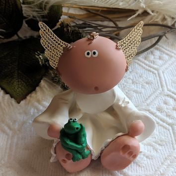 Russ Angel Cheeks Kirk 2001 Cherub Angel w/Frog Figurine