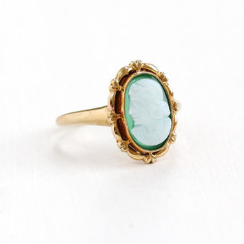 Antique 10K Rose Gold Green & White Onyx Cameo Ring - Vintage Art Deco Size 7 1930s 1940s Carved Silhouette Gemstone Fine Jewelry