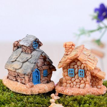 Country Cottage Figures decorative House