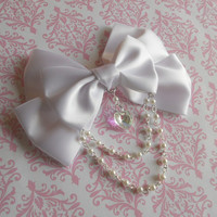 Sweet Lolita Hair clip or Brooch white bow with glass heart and white pearl beads