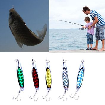 High Quality 7cm 5 pcs Life Like Lure Useful Outdoor Twitching Fishing Lures Bait Hooks Cords With A Plastic Box #EW