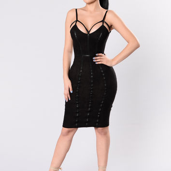 Provoke Emotions Dress - Black