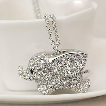 Hot Sale Lovely Little Fly Elephant Necklace Silver : Wholesaleclothing4u.com