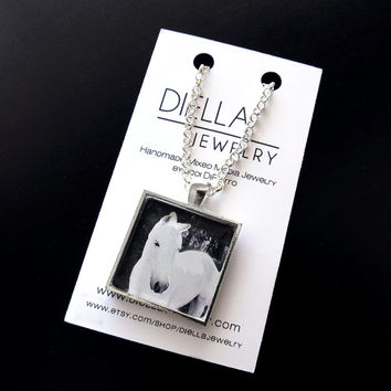 Pet Memorial Jewelry Gift,Custom Photo Pendant Equestrian Necklace,Personalized Horse Necklace,Horse Photography,Picture Gift,Customized