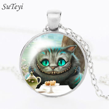 2016 Vintage Round Glass Necklace Cheshire Cat Pendant Necklace Bronze Statement Chain Necklace For Women Fashion N58