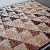 Square Quilted Table Topper, Primitive American Quilt, fall colors table decor, handmade quilted country kitchen, log cabin quilt home decor