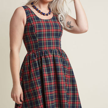 Sleeveless Dress with Scoop Neck in Plaid