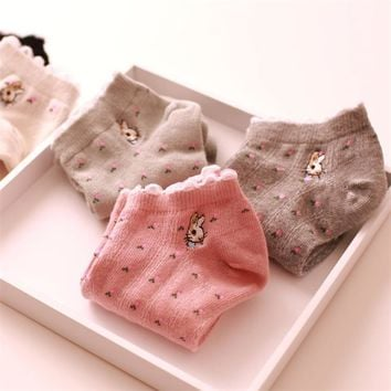 Lace Frilly Rabbit Ankle Socks
