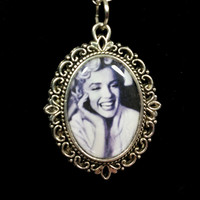 18mm Marilyn Monroe portrait necklace