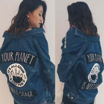 Autumn and winter models moussy vintage washed patch embroidered circular badge denim jacket female