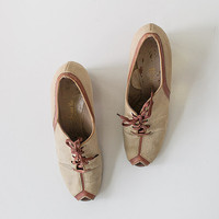 vintage 1930s wedge shoes / 30s cream brown shoes / Prague Montage Heels