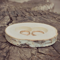 Rustic Wood Ring Holder, Birch Wedding Ring Bearer Pillow, Ring Box, Birch Tree Slice
