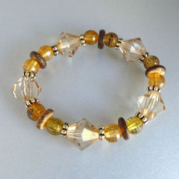 Vintage Lucite Bracelet, Amber, Brown, Clear Beaded Stretch Bracelet, Costume Jewelry