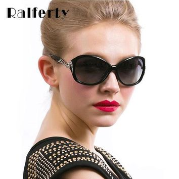 Ralferty Vintage Ladies Sunglasses Women Retro Gradient Shades Metal Crystal Sun Glasses For Woman Female Oculos lunette femme