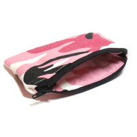 Pink Camo Coin Purse - Coin Purse - Change Purse - Pink Camouflage - Pink Coin Purse - Party Favors - Stocking Stuffer - Small Zipper Bag