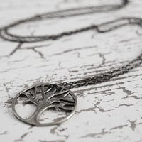 circle of oak necklace in pewter