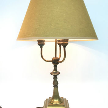 Incroyable Brass Candelabra Lamp, Antique Brass Table Lamp, Vintage Traditi