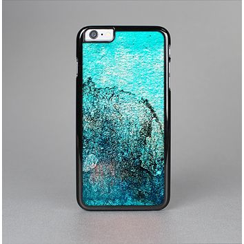 The Grungy Teal Surface V3 Skin-Sert Case for the Apple iPhone 6