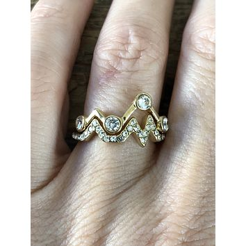 SAMPLE SALE  Yellow Gold Heartbeat Ring Size 7
