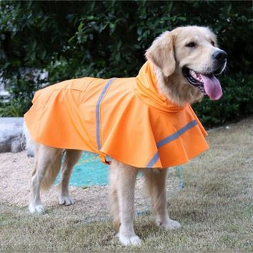 Practical, high quality raincoat for large dogs