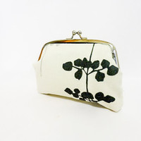 Metal Snap Pouch Coin Purse Small Pouch Floating Leaves in Silver, Grey and Black