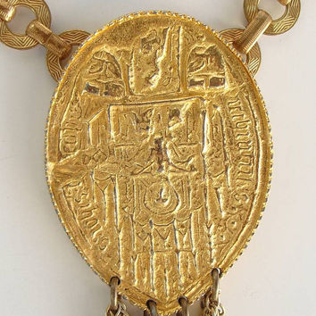 Heavy Egyptian Revival Pendant Necklace Vintage Jewelry