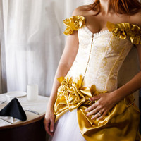 Custom Golden Rose Dress Wedding Prom Costume Evening Gown