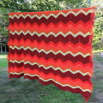 Vintage chevron zig-zag crochet afghan blanket throw in reddish brown orange burnt-orange mustard off-white 66 x 66 in