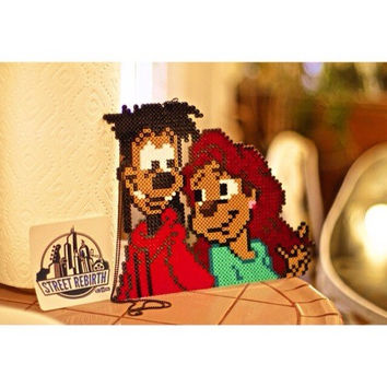 Max and Roxanne A Goofy Movie Perler Necklace Sprite