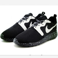 Nike Roshe Run Gold Trophy Hypervenom Black starry sky