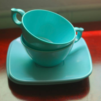 Fabulous 50's Turquoise Brookpark Melmac by FourCornersVintage