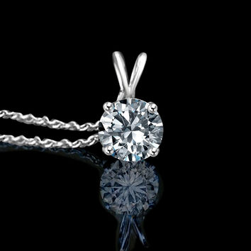 1 CT round simulated diamond - Diamond Veneer solitaire pendant, 635P100A