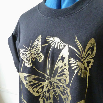 90s oversize BUTTERFLY tee . NATURE t-shirt . metallic gold graphic tee. daisy festival top. hipster. fruit of the loom. nineties blogger