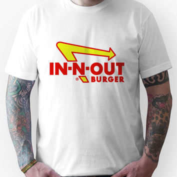 IN-N-OUT BURGER Unisex T-Shirt