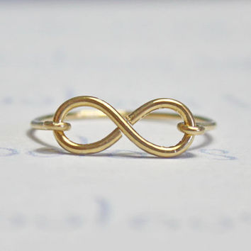 Infinity Ring, Gold Filled Wire Handemade - Dainty and Beautiful Symbol Ring