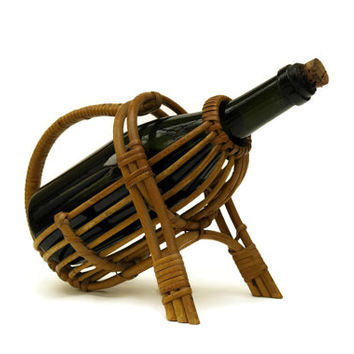 Rattan Wine Basket. Wine Bottle Carrier. Vintage French Bottle Caddy. Wine Storage.