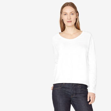 RELAXED LONG SLEEVE SCOOP NECK