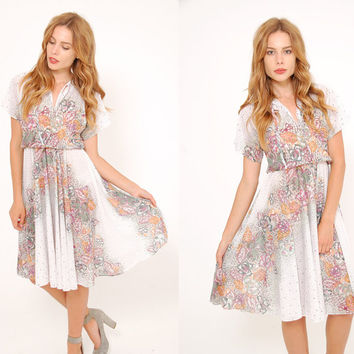 Vintage 70s White FLORAL Dress GRADIENT Floral Dress Short Sleeve Blouson Midi Dress