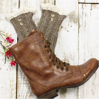 NORDIC LACE  button boot socks - brown