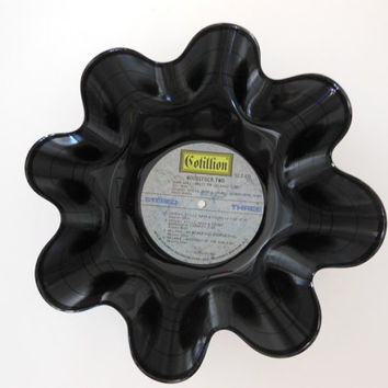 WOODSTOCK TWO Recycled Record Bowl
