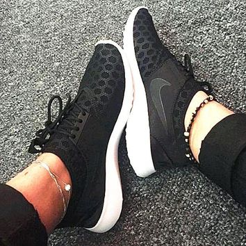 """Nike"" Fashion Women Sport Shoes Casual Sneakers honeycomb black black hook"