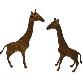 Vintage Giraffe Figurines Pair of Giraffes Jungalow Home Decor Nursery Decor Jungle Nursery Theme Zoo Animals Giraffe