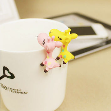 Cute Giraffe Colorful  Dustproof Plug Caps Cell Phone Accessories 3.5mm Earphone Dust Plug Dachshund For Iphone For Samsung