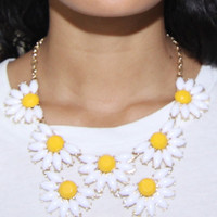 Darling Daisy Bib Necklace