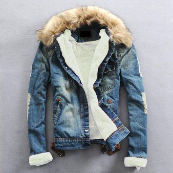 Men' Lined Fur Collar Trucker Distressed Denim Jacket