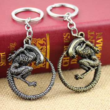Hot Fashion Vintage Bronze Game Alien Vs Predator AVP Alien Queen Key Chains zinc alloy plated Keychain Rings for souvenirs