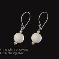 Kelly white agate silver earrings