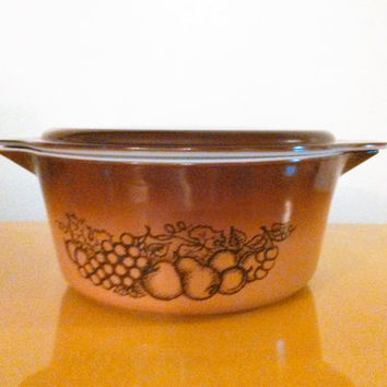 2 1/2 Quart Pyrex Old Orchard, 2-1/2 Quart Pyrex Covered Dish with Lid, 70s Pyrex, Brown Pyrex Casserole Lid  #25-C 23