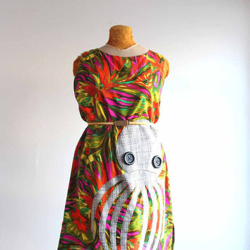 octopus dress - M / L vintage 1960's Hawaiian print sleeveless shift dress in psychedlic leaf print - green orange purple cotton tunic