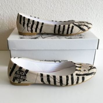 Dogo Shoes illustrated/printed leather ballet flats, size 39 (UK 6)